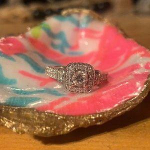 Vera Wang Engagement Ring 💓